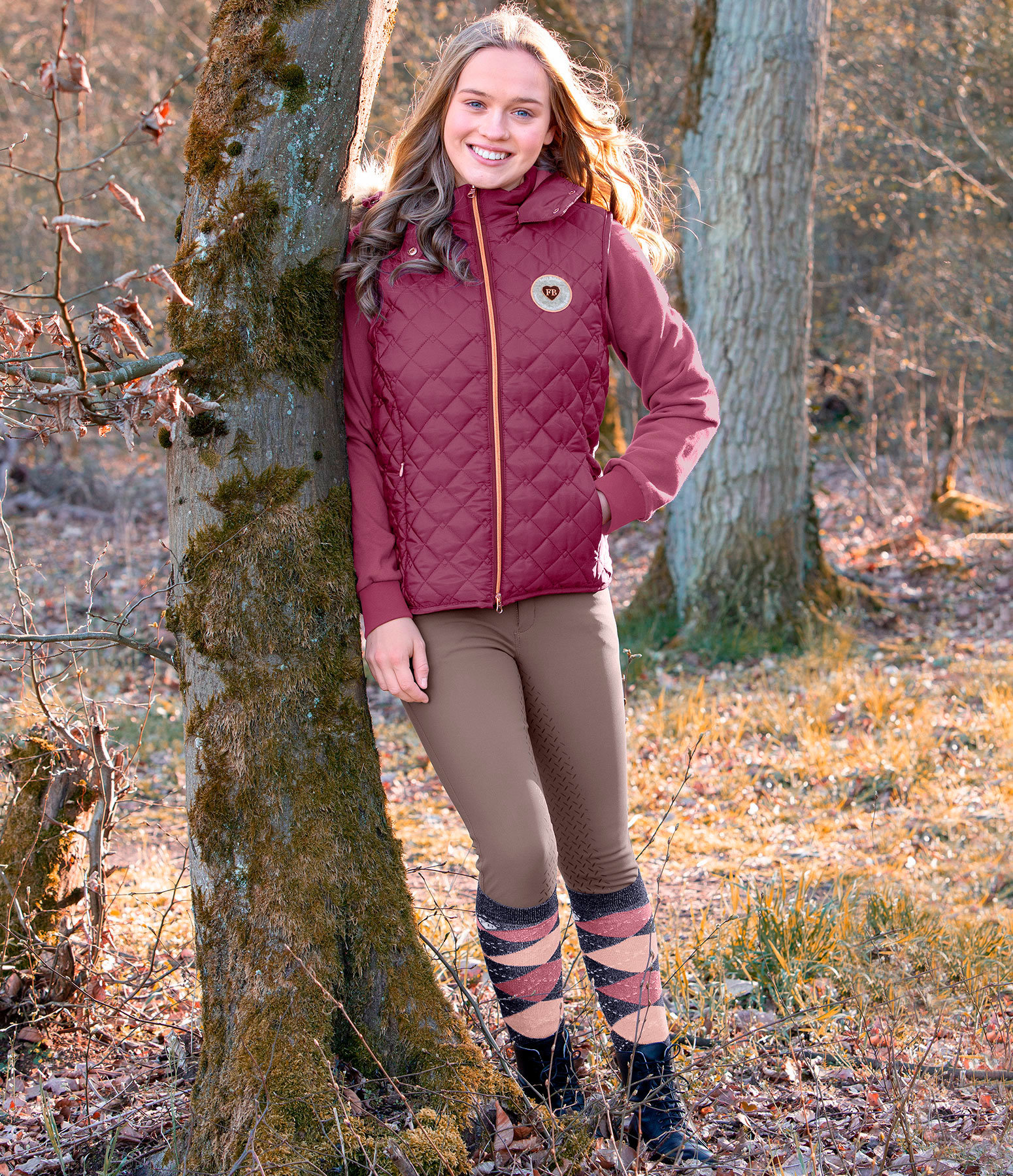 Kinder-Outfit Maila in weintraube